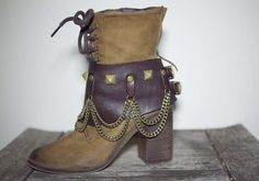 Belted Boot Accessories - These are interesting and cute at the same time. I think I like them.