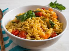 How to Make The Best Tomato-Basil Pasta Salad