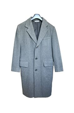 Vintage Dolce&Gabbana J&ans Men's Wool Coat, In excellent condition. The coat is wool. Mens Wool Coats, Vintage Italian, Fashion History, Suit Jacket, Blazer, Trending Outfits, Clothing, Sleeves, Jackets