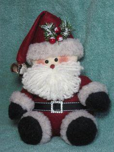 Santa pattern: Tuckered Santa 650 by adelinescrafts on Etsy Christmas Stocking Decorations, Felt Christmas Ornaments, Santa Ornaments, Handmade Ornaments, Christmas Sewing, Christmas Crafts, Vintage Quilts, Craft Patterns, Felt Crafts