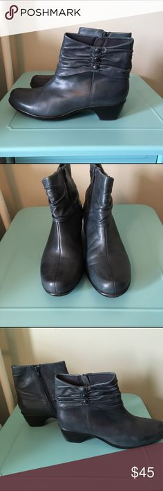 """Clarks Women's Blue Ankle Booties - Size 10M Women's Clarks Ankle Booties Size 10M in Blue.  100% Leather Upper.  In good used condition.  There's a lot of life left in these beauties! Zip Up with 3 button design. Cushioned footbed. Soft textile linings. 2"""" heel. Goes with everything! Clarks Shoes Ankle Boots & Booties"""