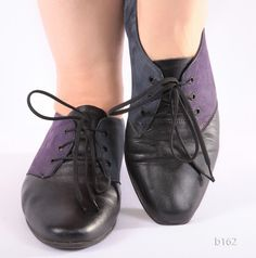 purple n black oxfords Black Oxfords, Brogues, Oxford Heels, Purple Leather, Vintage Shoes, Purple And Black, Color Blocking, Lace Up, The Incredibles