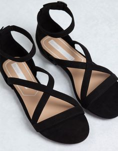 57244e5ce08 BSK crossed sandals - Flat sandals - Bershka United Kingdom  SandalsHeels  Chaussure Nike Femme