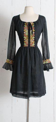 Vintage 1960s Dress vintage 60s black peasant dress 7deeb2e89bc