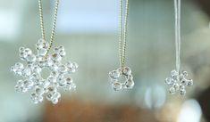 ヤスマチカ Resin Jewelry, Glass Jewelry, Stone Jewelry, Diy Jewelry, Jewelry Making, Sea Glass, Diamond Earrings, Crafts, Epoxy