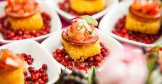 Crostini de polenta com calabresa e vinagrete; do Buffet Vivi Barros (www.buffetvivibarros.com.br)