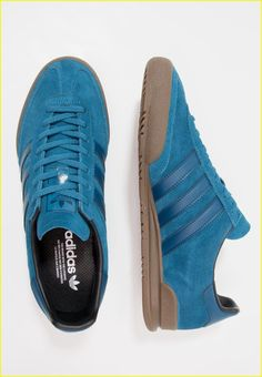 Adidas Shoes OFF! Do you need more information on sneakers? In that case just click right here for more info. Adidas Superstar Vintage, Adidas Vintage, Adidas Zx, Adidas Samba, Adidas Sneakers, Adidas Jeans Shoes, Addidas Shoes Mens, Ankle Sneakers, Men Accessories