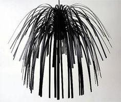 Závěsný lustr z plastových proužků Stripy černá - 1
