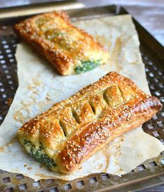 Spinach Puff Pastry Rolls with Feta and Ricotta is part of pizza - The recipe for this flaky pastry stuffed with creamy spinach goodness is golden savory perfection! Feta, Spinach Puff Pastry, Savoury Puff Pastry Recipes, Spinach Puffs Recipe, Spinach Rolls, Puff Pastry Appetizers, Spanakopita Recipe Puff Pastry, Puff Pastry Pizza, Puff Pastry Desserts