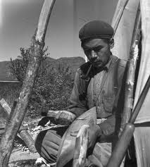Innu man making a carving of a canoe -- no name, date or location Native American Photos, American Indian Art, Native American Indians, Aboriginal People, Canada, First Nations, Craft Items, Quebec, Pose