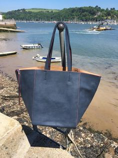 2 in 1 Tote Handbag by the Dart - #Danielli #Dartmouth #Devon #SWisBest #Tote #Handbag #Boutiques #ShoppingTime #ShoppingAddict #Style #MustHave
