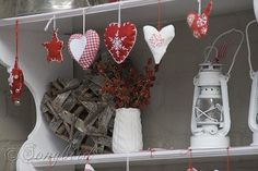 Nice 34 Adorable Valentines Day Outdoor Decorations Ideas. More at https://homedecorizz.com/2018/01/25/34-adorable-valentines-day-outdoor-decorations-ideas/