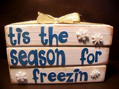 wouldn't this be great on the porch or front hall in Nov. pre christmas decor...fun