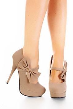 Bow shoes r cute!