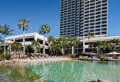 Surfers Paradise Marriott Resort & Spa: playa de la piscina estilo laguna