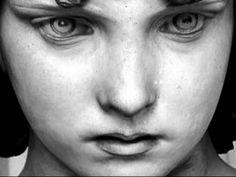 Ange de Monteverde Giulio Monteverde, Tombe Oneto, cimetière de Staglieno, Gênes. L'Ange de Monteverde est l'une des œuvres les plus connues du sculpteur italien Giulio Monteverde