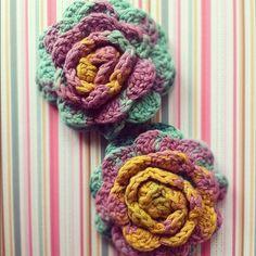 rose flower brooche