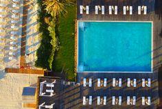 Infinity Pool Sardinia Italy, Hotel Guest, Beach Umbrella, Beach Pool, White Stone, Summer Sun, Optical Illusions, Beautiful Beaches, Costa