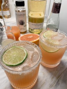 Fancy Drinks, Yummy Drinks, Yummy Food, Booze Drink, Food And Drink, Food Porn, Alcohol Drink Recipes, Aesthetic Food, Food Cravings