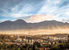Te presentamos la selección del día: <<ÁVILA>> en Caracas Entre Calles. ============================  F O T Ó G R A F O  >> @calderayes << Visita su galeria ============================ SELECCIÓN @mahenriquezm TAG #CCS_EntreCalles ================ Team: @ginamoca @luisrhostos @mahenriquezm @teresitacc @floriannabd ================ #avila #ElAvila #Warairarepano #Caracas #Increibleccs #Instavenezuela #Gf_Venezuela #GaleriaVzla #Ig_GranCaracas #Ig_Venezuela #IgersMiranda #Great_Captures_Vzla…