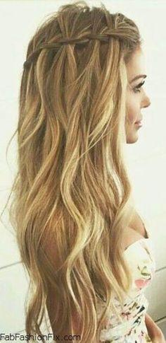 Our Favorite Wedding Hairstyles For Long Hair ★ See more: https://www.weddingforward.com/favorite-wedding-hairstyles-long-hair/9