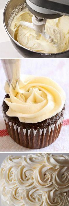 Cómo hacer CREMA DE MANTEQUILLA (Ideal para cubrir y rellenar postres)  #cremademantequilla #cupcakes #chef #cheflife #chefmommy #food #foodie #foodporn #dessert #dessertporn #receta #recipe #sweet #dulce #postre #yummy #delicious #butter #mantequilla #azucar #vanilla #vainilla #creamy #mangapastelera #pipingbag #fillings #cake  #casero #torta #tartas #pastel #nestlecocina #bizcocho #bizcochuelo #tasty #cocina #chocolate #pan #panes Si te gusta dinos HOLA y dale a Me Gusta MIREN...