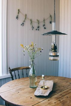 Dining Room Inspiration, Interior Inspiration, Swedish Decor, Interior And Exterior, Interior Design, Country Farmhouse Decor, Cottage Interiors, Home Bedroom, Little Houses