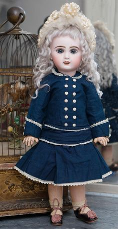 """17"""" (43 cm) Very Lovely Antique French Bisque Bebe Jumeau bebe Girl in original dress, nice cabinet size 7"""