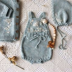 Knitted Baby Jumpsuit Models - Merry Ornament Home - Free Birthday S . Knitted Baby Jumpsuit Models - Merry Ornament Home - Free Birthday S . , Knitted Baby Rompers Models - Merry Ornament Home - Free Birthday Decorations. Baby Knitting Patterns, Knitting For Kids, Knitting Projects, Free Knitting, Crochet Projects, Baby Girl Fashion, Kids Fashion, Pinterest Baby, Baby Overall