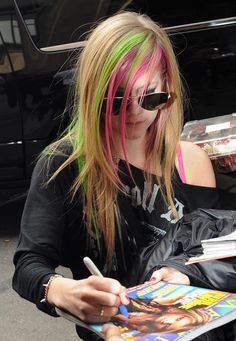 Nueva York - 9 de marzo - NY (7) - AvrilPix Gallery - The best image, picture and photo gallery about Avril Lavigne - AvrilSpain.Com