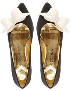 i don't usually like pointed toe flats but these are the exception <3 Ted Baker