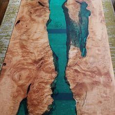 tzlim hat ein Foto von seinem Kauf hinzugefügt – wood working idea's – – Creative Walnut Dining Table, Dinning Table, Wood Table, Patio Tables, Spalted Maple, Maple Burl, Diy Resin Table, Indiana, Resin Furniture