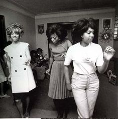 diana ross and the supremes | The original Supremes. Left to right; Florence Ballard , Diana Ross ...