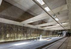Jiménez Torrecillas . Metro Station Alcázar Genil . Granada (5) Contemporary Architecture, Architecture Design, Granada, Technical Architect, Urban Fabric, Pokemon, Metro Station, Concrete Design, Brutalist