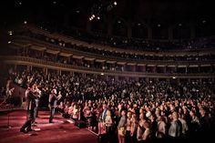 In concert in London Frankie Valli, Royal Albert Hall, Timeline Photos, Dance Music, England, London, Songs, Concert, Ballroom Dance Music
