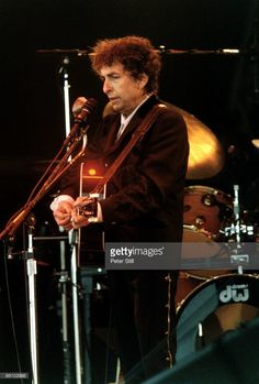 Jun 1998 Bob DYLAN onstage