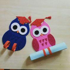 34 Moving up ceremony ideas - Aluno On Kids Crafts, Owl Crafts, Summer Crafts, Preschool Activities, Diy And Crafts, Graduation Theme, Preschool Graduation, Graduation Gifts, Owl Classroom