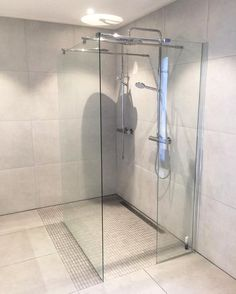 VikingBad (@vikingbad.no) • Instagram-bilder og -videoer Norwegian House, Videos, Bathtub, Bathroom, Home, Instagram Images, Standing Bath, Washroom, Bathtubs