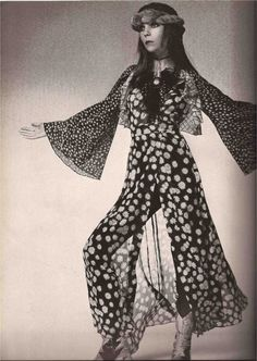 SQUAW FASHION 1970 - PENELOPE TREE & DAVID BAILEY
