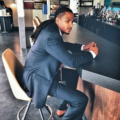 Locs and suit! Black Is Beautiful, Gorgeous Men, Nattes Twist Outs, Black Men Hairstyles, Latest Hairstyles, Suits And Sneakers, Afro, Locs, Dreadlocks Men