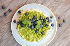 mechový dort/moss cake Moss Cake, Red Velvet, Acai Bowl, Diy And Crafts, Oatmeal, Breakfast, Food, Acai Berry Bowl, The Oatmeal