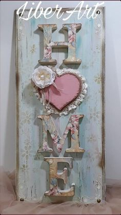 Porta .. Shabby Chic Crafts, Shabby Chic Farmhouse, Shabby Chic Style, Shabby Chic Decor, Home Crafts, Easy Crafts, Diy Home Decor, Diy And Crafts, Decoupage Vintage