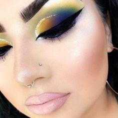 eye makeup - Cute eyeshadow and creative make up look Makeup Eye Looks, Full Face Makeup, Cute Makeup, Gorgeous Makeup, Classy Makeup, Cute Eyeshadow Looks, Makeup Goals, Makeup Inspo, Makeup Ideas