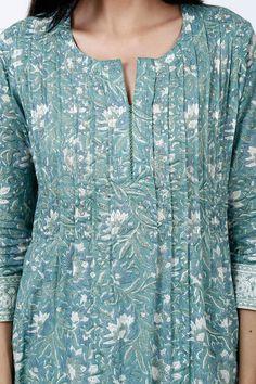 Designer Wear: Shop Designer Ethnic Wear by Farida Gupta Dress Neck Designs, Designs For Dresses, Blouse Designs, Simple Kurta Designs, Kurta Designs Women, New Designer Dresses, Indian Designer Outfits, Kids Gown Design, Kurta Neck Design