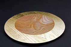 """Teller """"Sonnengruß"""", Esche, 40 x 4 cm, geölt, Blattgoldauflage 22 Karat / Preis: 700,00 €"""