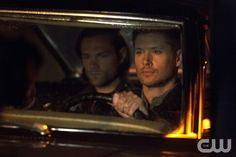 """Supernatural -- """"Paper Moon"""" -- Image SN1004a_0029 -- Pictured (L-R): Jared Padalecki as Sam and Jensen Ackles as Dean -- Credit: Katie Yu/The CW --  © 2014 The CW Network, LLC. All Rights Reservedpn"""