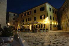 Romantic hotel Villetta Phasiana, only 20 metres from the sea, amid the small, quiet fishing village of Fazana north of Pula