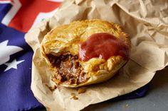 Meat pie, um dos pratos típicos mais famosos da Austrália. http://culinarianomundo.blogspot.com