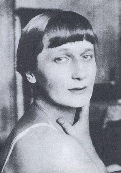 Tsvetaeva Poetry In Russian Over 109