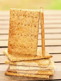 Low-Carb Graham Crackers (Looks like a lot of work, but pinning just in case)